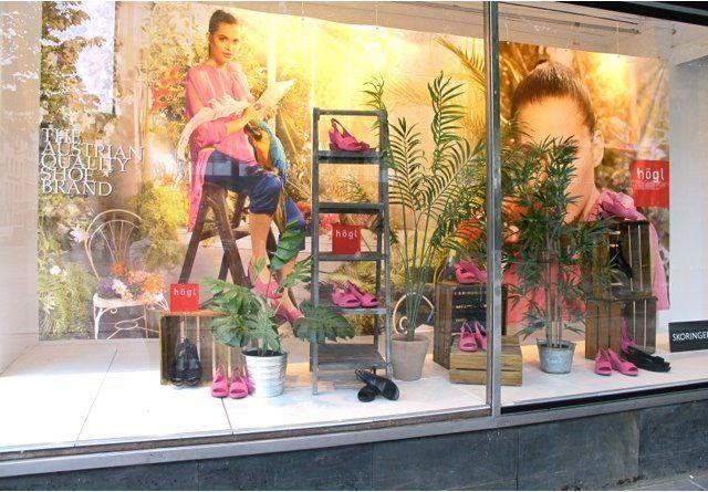 Alle typer bannere til innendørs eller utendørsbruk. banner, reklameseil og fasadeseil, reklamebanner, fasadebanner, tekstilbanner, reklameseil. http://www.markedsmateriell.no/banner-reklameseil-og-fasadeseil