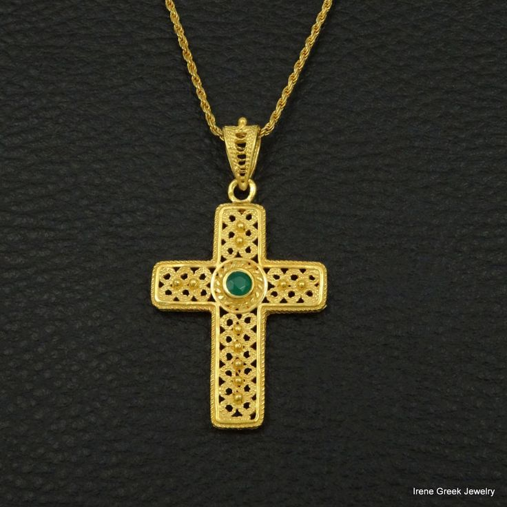 NATURAL GREEN ONYX FILIGREE 925 STERLING SILVER 22K GOLD PLATED GREEK ART CROSS #IreneGreekJewelry #Pendant