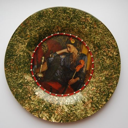 Декупаж - Сайт любителей декупажа - DCPG.RU | Декоративная тарелка Click on photo to see more! Нажмите на фото чтобы увидеть больше! decoupage art craft handmade home decor DIY do it yourself plate