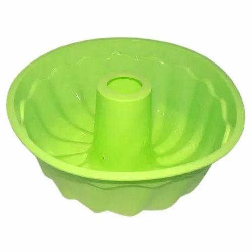 http://produto.mercadolivre.com.br/MLB-699358060-forma-de-silicone-com-furo-assadeira-p-forno-bolos-doces-_JM