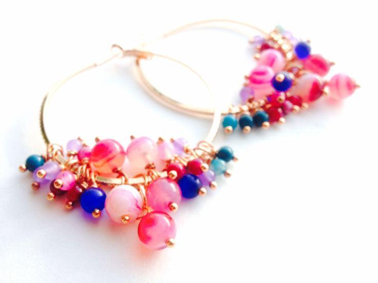 Boucles d'oreilles créoles, perles, pierre de gemmes, agate : Boucles d'oreille par liepa