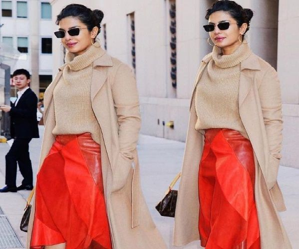 Guess The Price Priyanka Chopra Red Hot Leather Skirt S Cost Will Burn A Hole In Your Pocket Priya Priyanka Chopra Priyanka Chopra Hot Leather Jacket Outfits