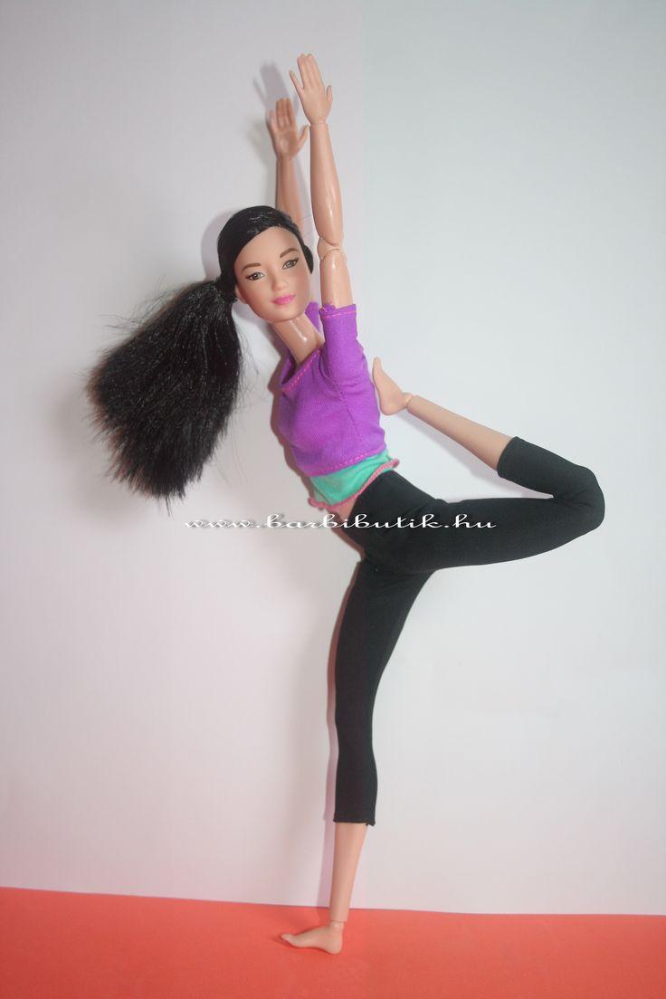 Jógázó Barbie
