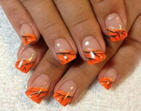 27 Awesome Nail Art Ideas for Thanksgiving #thanksgiving #nails #fall #design #art #simple