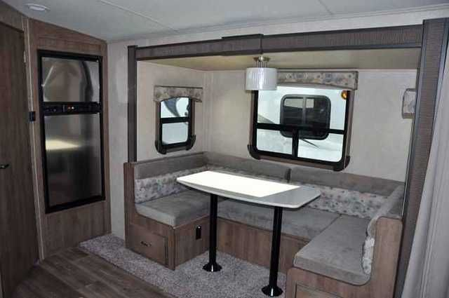 2015 New Cruiser Rv Fun Finder 210UDS Travel Trailer in Wisconsin WI.Recreational Vehicle, rv, 2015 Cruiser RV Fun Finder 210UDS, Since 2004 the Fun Finder has been the flagship line of the Cruiser RV product lineup. Recently redesigned from the ground up, the all new Fun Finder luxury lightweight represents all the latest efforts of R&D and end-user input. Sporting the newly designed automotive-inspired fiberglass front cap and the colored two-tone exterior, the Fun Finder is truly unique…