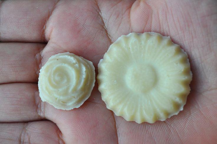 Épicé@nne: Comment fabriquer un plastique d'origine naturelle: la pierre de lait.