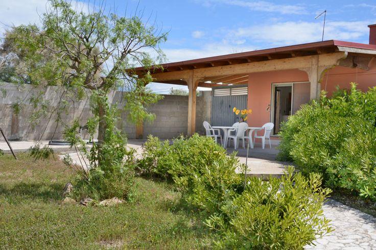 Villetta Lucia 3 con giardino a 130 metri dalla spiaggia di Punta Prosciutto