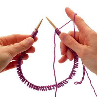 How to avoid gap when joining for knitting in the round. Good detail for knitting in the round.