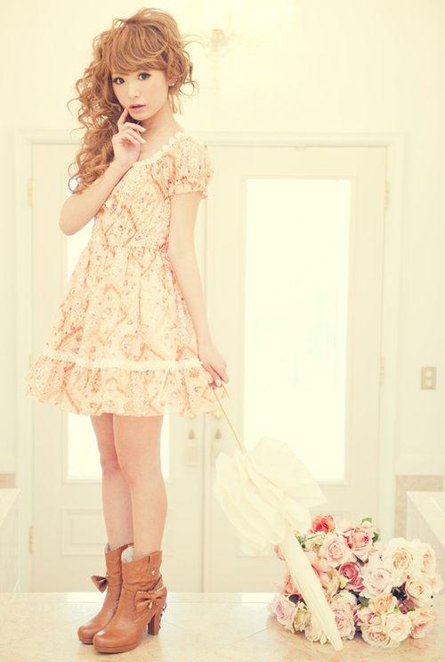 http://blog.themodelstage.com/wp-content/uploads/2013/01/Japanese-fashion-inspiration-II-03.jpg