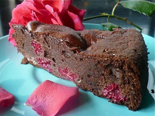 Raspberries, rum and a chocolate cake!