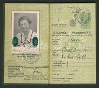 1938 Keményfedeles magyar útlevél / Hungarian passport | axioart.com