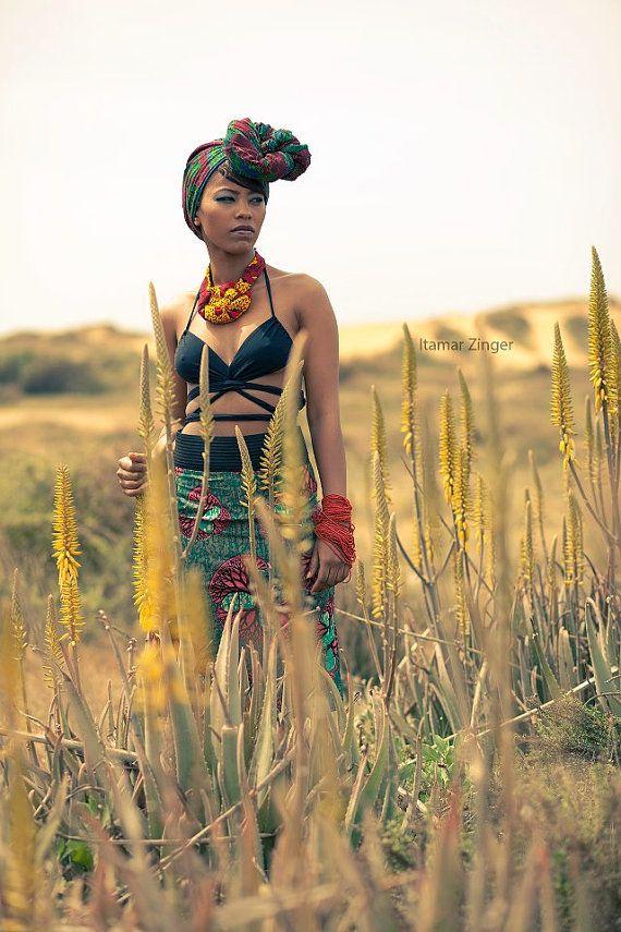 Afrikanische print Rock. Niederländische Wachs von Julbyjuliagasin, $112.00 #ItsAllAboutAfricanFashion #AfricanPrints #kente #ankara #AfricanStyle #AfricanFashion #AfricanInspired #StyleAfrica #AfricanBeauty #AfricaInFashion