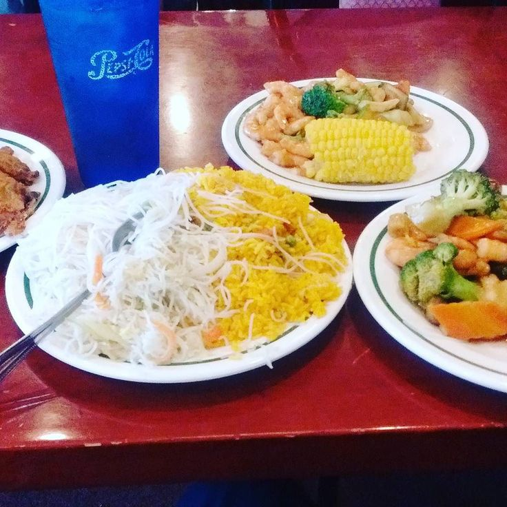 Super China Buffet - Chinese - Enjoy guaranteed delicious food and constantly being replenished and kept nice and fresh at the Super China Buffet