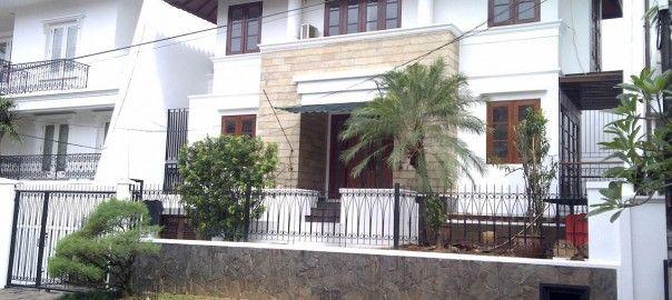 Rumah Baru Siap Huni di Pondok Indah