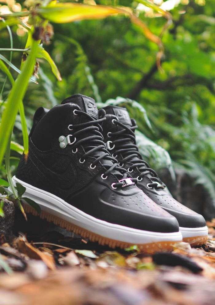 Nike Lunar Force 1 Hi SneakerBoot