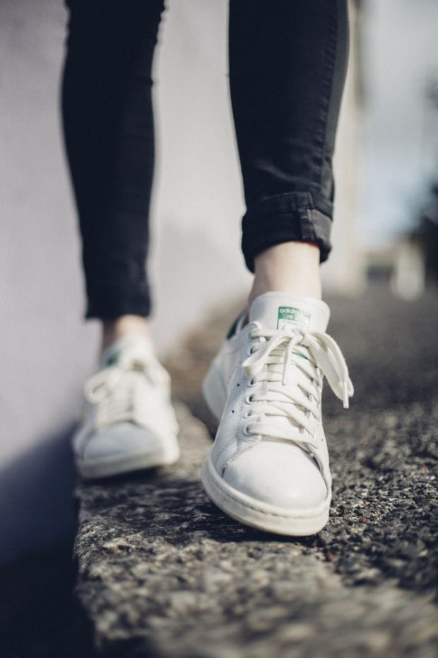 ADIDAS STAN SMITHS (OBSESSED)