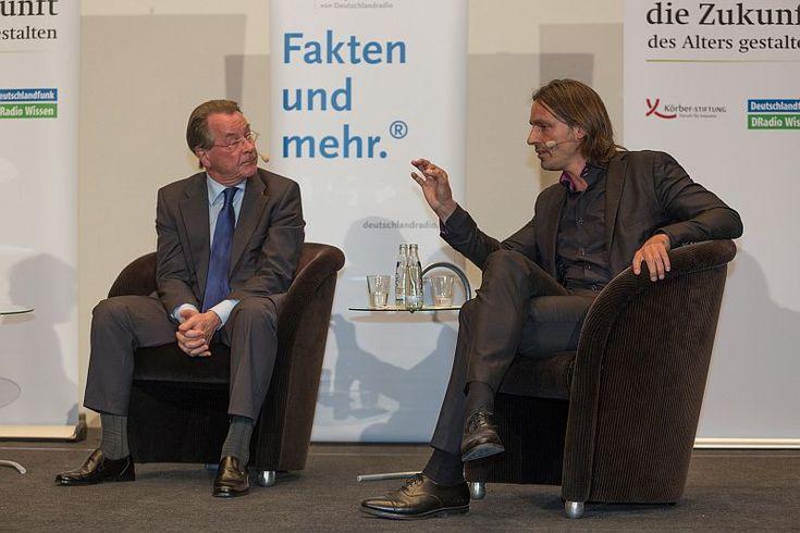 Im Generationendialog: Franz Müntefering und Richard David Precht - Körber Stiftung