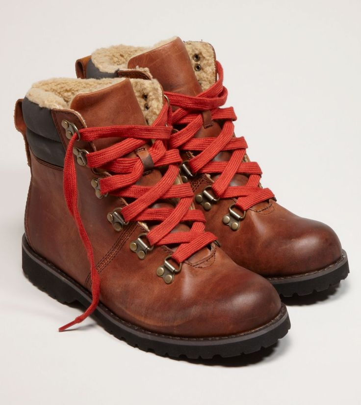 AE hiking boots
