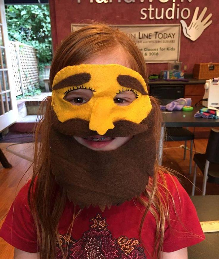 Funny Felt Face. Easy Hand Sewn Felt Mask. Great for Halloween!!
