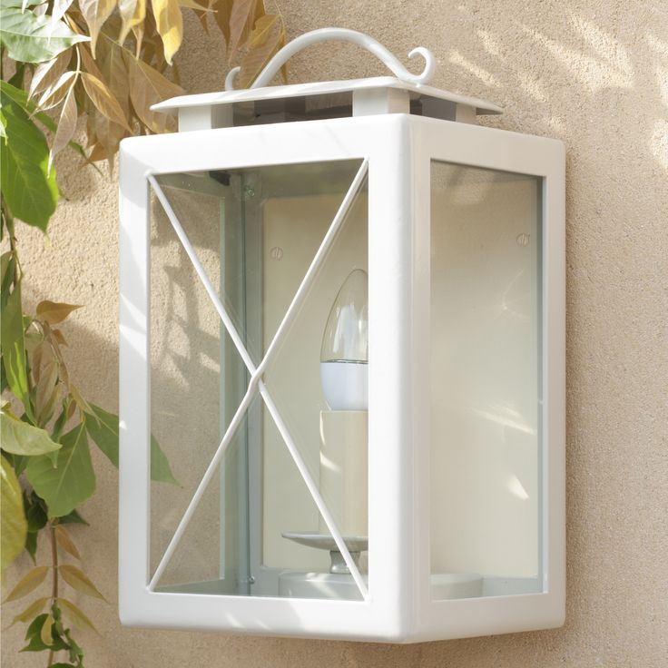 Our Coach #Lantern #OutdoorLight in #Clay painted finish looks great any time of year to illuminate your #outside space.