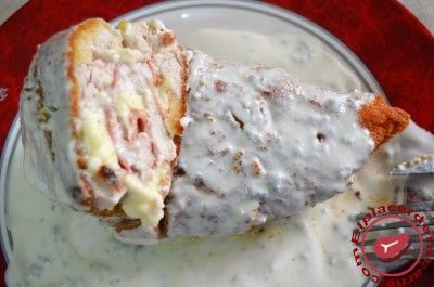 Pechugas rellenas en salsa de queso gorgonzola - Elplacerdelacarne.com