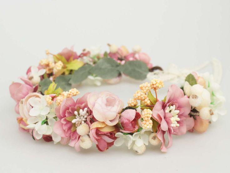 ♥ Blumenkranz Blüten und Blättern ♥ von Lola White auf DaWanda.com