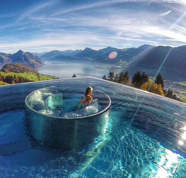 Ennetburgen, Switzerland