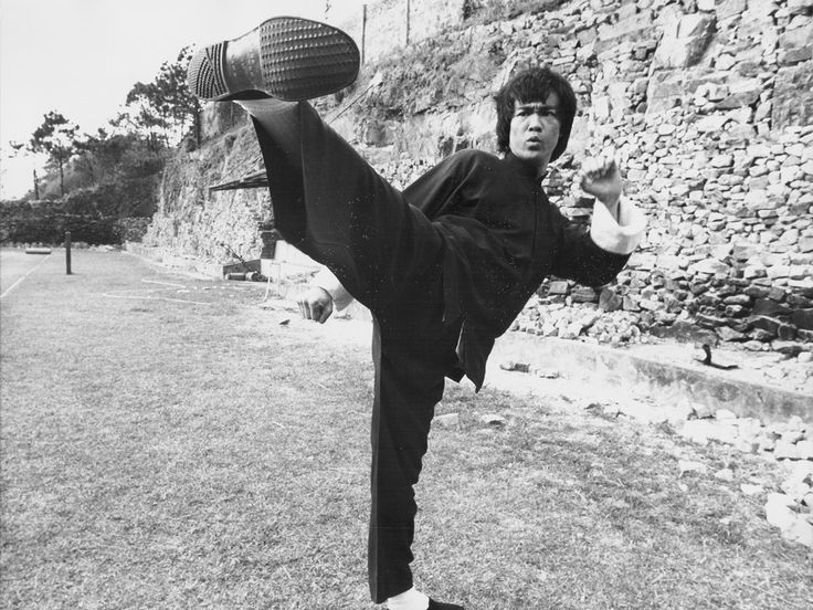 Bruce Lee's twin? Meet Afghanistan's best martial arts expert