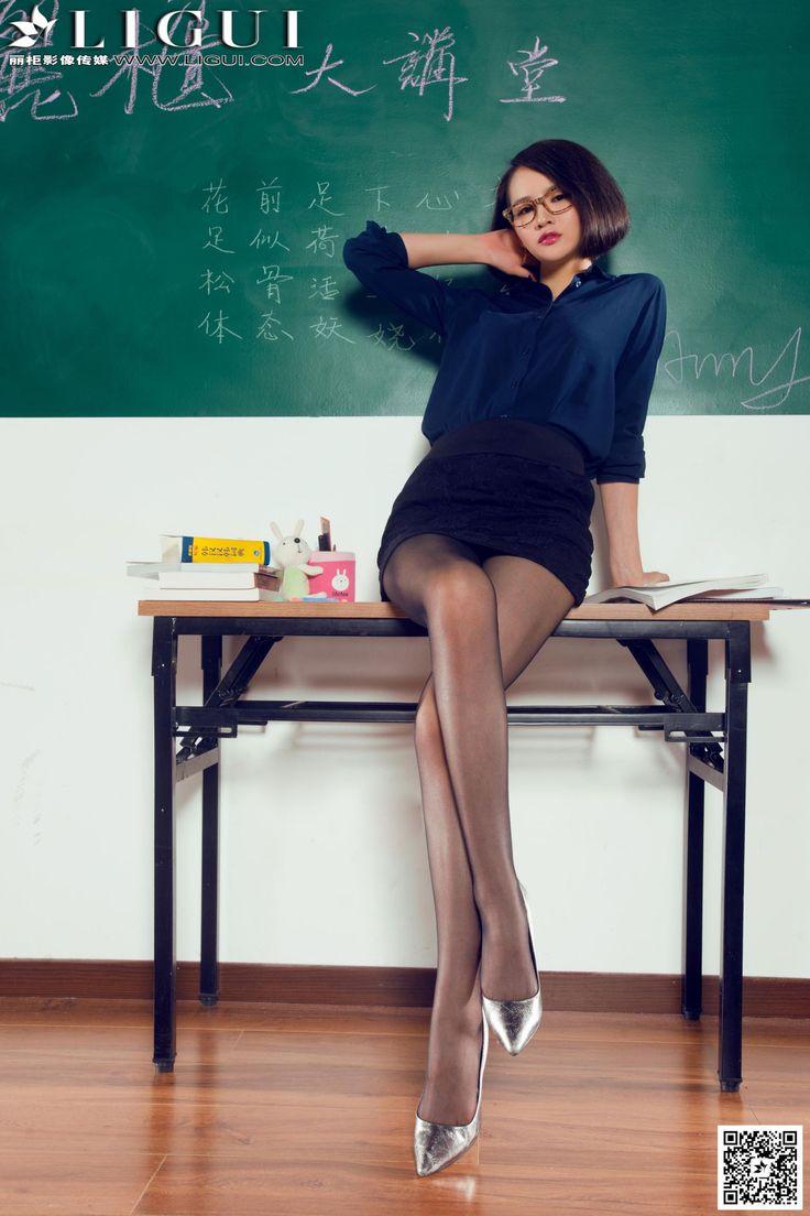 [Ligui丽柜] AMY - 教室里的黑丝女教师_第6页/第3张图