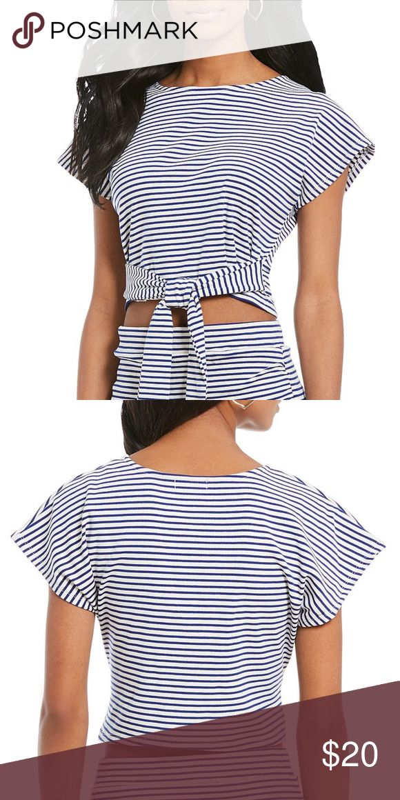 GIANNI BINI Twist Front crop Top Description From GB, this top features: Rib knit fabric Boat neckline Short sleeves Twist front Cotton/polyester Machine wash  HPS LENGHT ITEM IS NEW WITH TAGS  MODEL WEARING SIZE SMALL, SIZE TRUE TO FIT Gianni Bini Tops Crop Tops