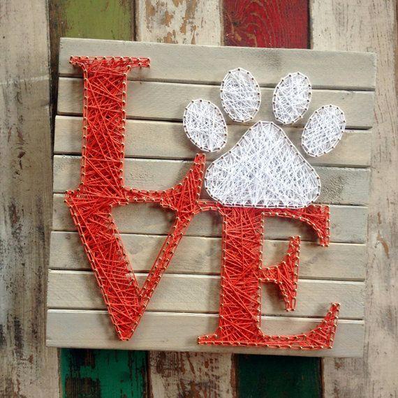 Cadena arte, arte Stringart, cadena y uñas, Nail art, pata de perro, pata pata, perro, gato, amor, amor, gato, woodsign, amante de los animales, señales de madera, decoración