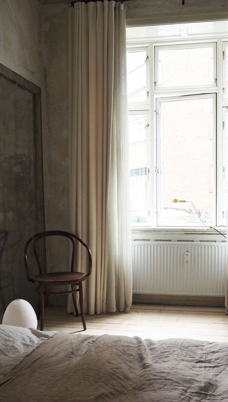 The Frama Apartment, a minimal bedroom