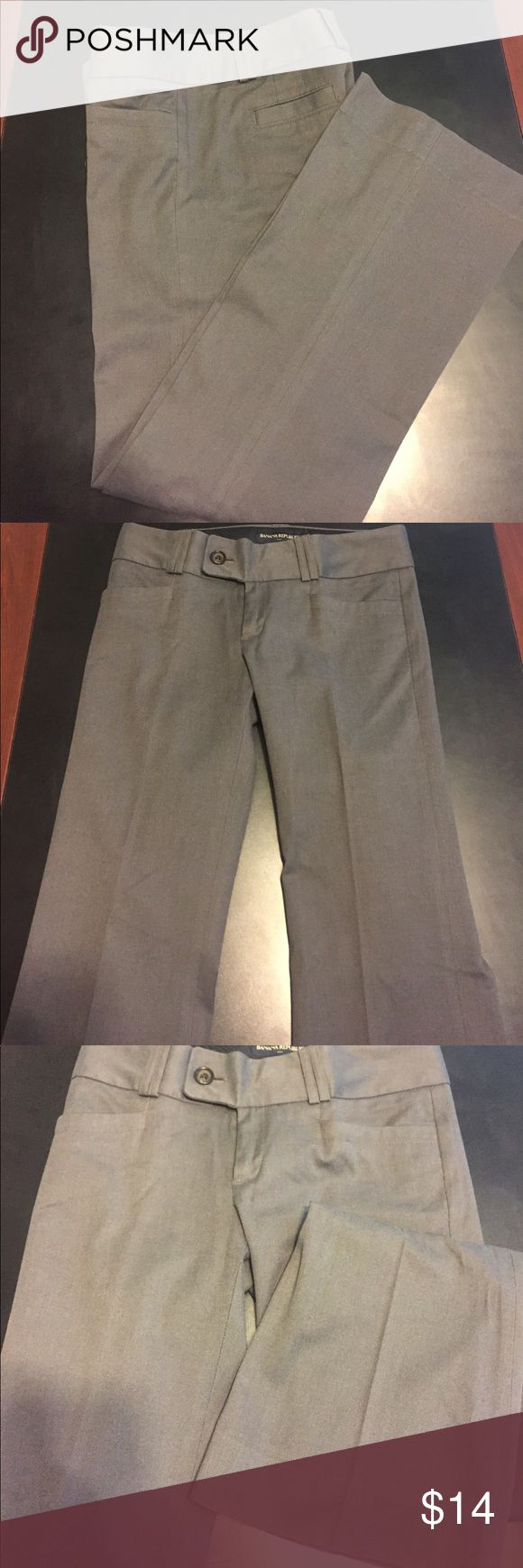 """Ladies Size 2 Banana Republic Grey Trousers Size 2 Banana Republic Grey Trousers measurements waist 30"""" length 38.5"""" Rise 8"""" Inseam 31"""" Pre-loved Banana Republic Pants Trousers"""