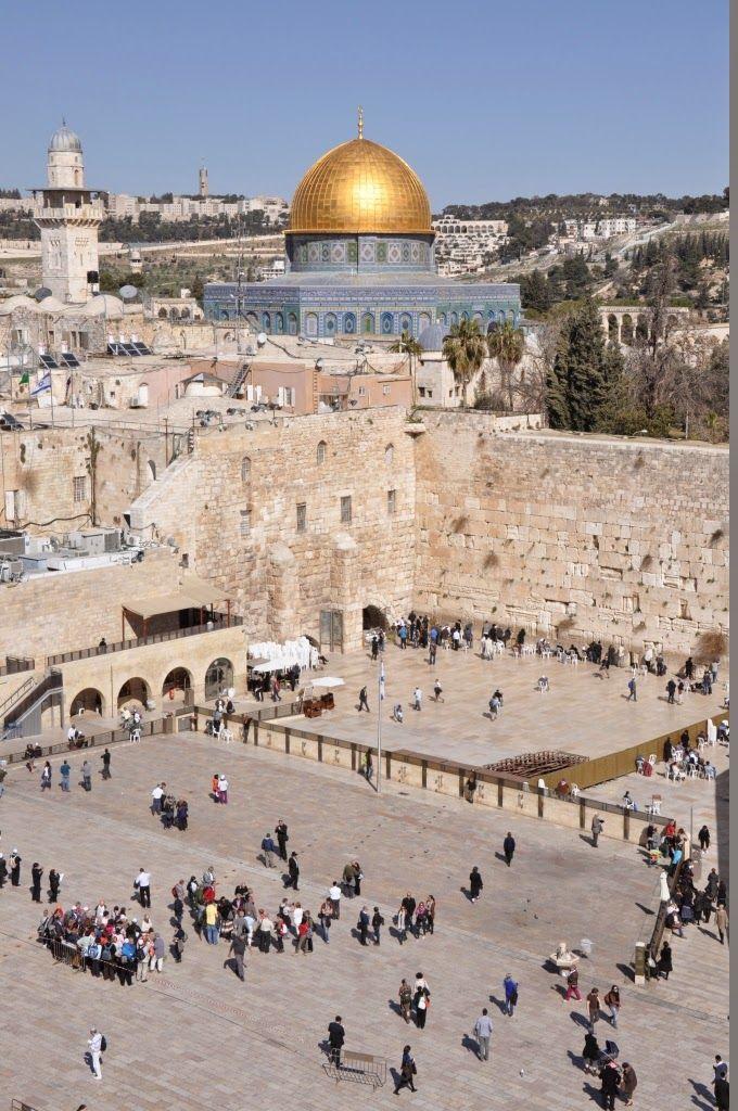 I februar 2014 havde vi en fantastisk uge i Israel. Anne Marie havde været i Israel to gange før og har altid fortalt meget begejstret om det, men det var Rasmus' første tur. Derudover havde vi igen taget vores gode venner Martin og Sanne med. Efter det sædvanlige paskontrol-cirkus kom vi alle fire vel ind i landet. Af en eller …