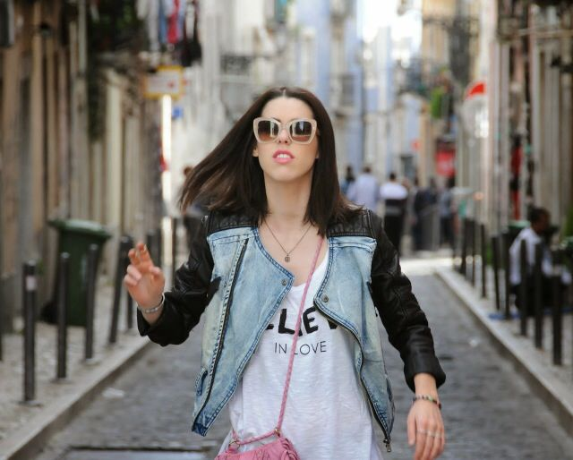 Running through Lisbon streets