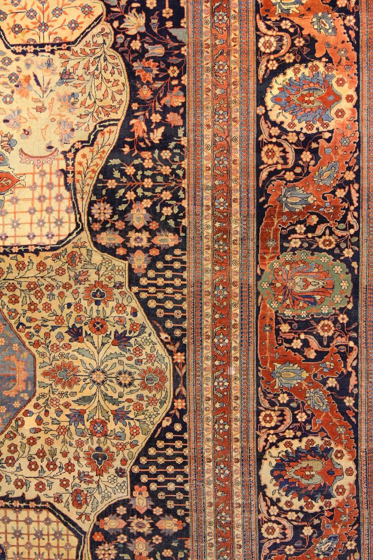 ANTIQUE KASHAN MOHTASHAM Cod:141134945222 cm 400 x 320 - ft 13'2 x 10'6 Detail The pile is so shiny to seem knotted with the silk. It's a exemplary of old epoch (end of 19th. century) in perfect state of conservation: it has never had restorations and it is completely full pile, rare thing in rugs as this.
