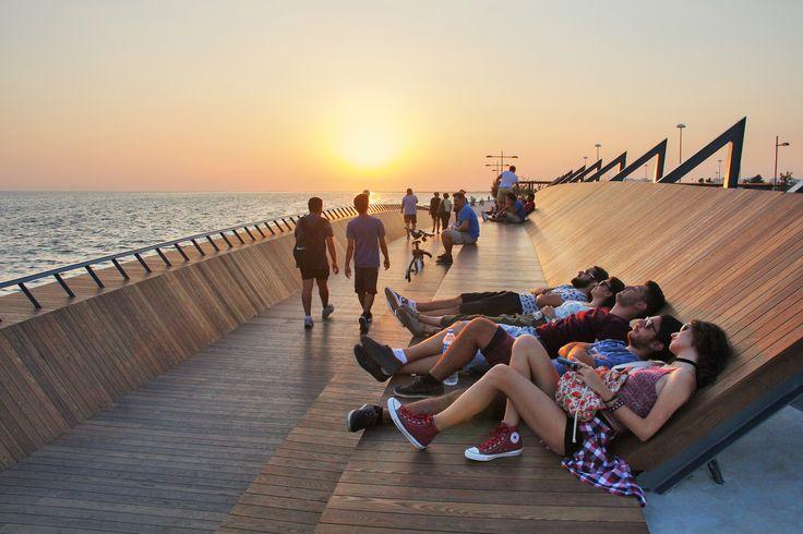 Bostanlı Footbridge & Sunset Lounge,© ZM Yasa Architecture Photography
