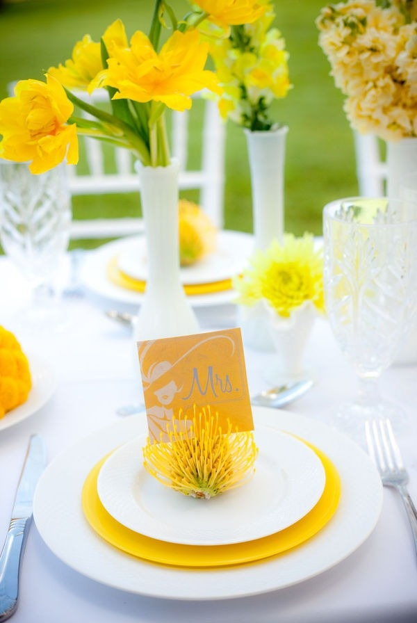 #yellow wedding table ... sunshine, lemon yellow, grassy green, table setting, yellow