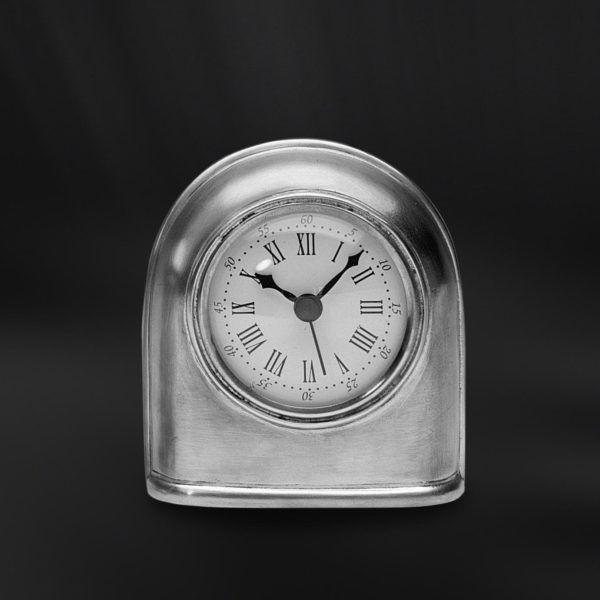 Pewter Clock - Width: 10,5 cm (4,1″) - Height: 11,5 cm (4,5″) - #pewter #clock #peltro #orologio #zinn #uhr #étain #etain #horloge #peltre #tinn #олово #оловянный #gifts #giftware #home #housewares #homewares #decor #design #bottega #peltro #GT #italian #handmade #made #italy #artisans #craftsmanship #craftsman #primitive #vintage #antique