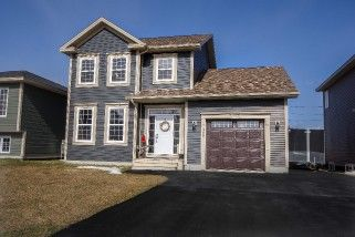MLS#1129376  Price: $429,900  Style: Single Family Two Storey, Detached  Bedrooms: 3+1  Bathrooms: 3.5  Square Footage: 2,400  Lot Size: 50 X 100  Age: 3
