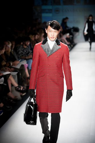 Wow, I would love a  World MasterCard Fashion Week - Holt Renfrew - October 22, 2012 / http://www.dancamacho.com/world-mastercard-fashion-week-holt-renfrew-october-22-2012-103/