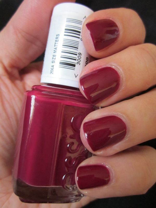 Pretty sure I want this just for the name. Color is cute, name is better. Hahah! Essie - Size Matters