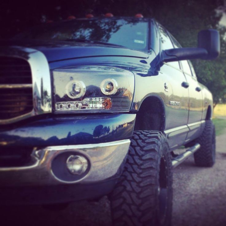 www.DieselTruckGa... for all the best Diesel Truck photos!