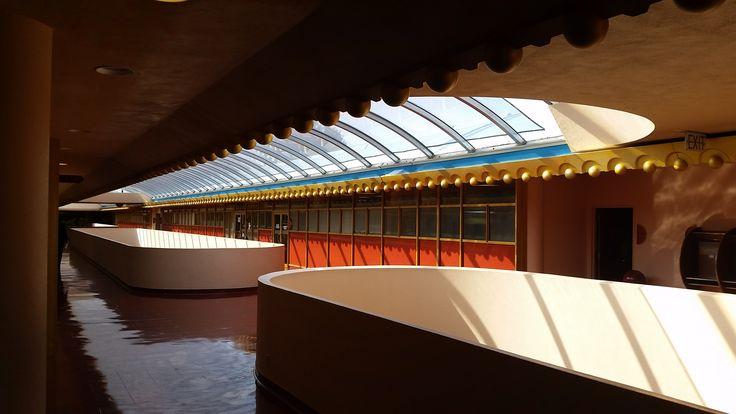 The Marin Civic Center is a retro-futuristic masterpiece. - Album on Imgur