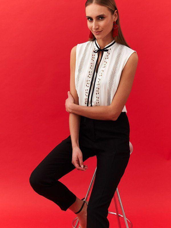 f2845859702b18 Bluzka damska bluzka krótki rękaw biała - SBK2514 o luźnym kroju - TOP  SECRET - Odzieżowy