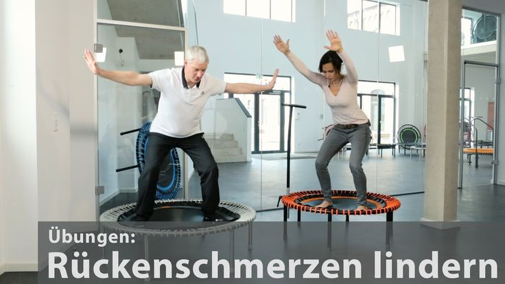 """In diesem """"train & talk"""" zeigt uns der Physiotherapeut Andreas Sperber einfache Übungen um Rückenschmerzen zu lindern oder vorzubeugen. Die Übungen sind für Anfänger und Fortgeschrittene geeignet und laden zum Mitmachen ein."""