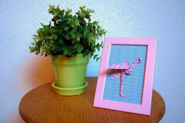 Cadre déco Origami Flamingo : Décoration pour enfants par petitspapierscelestes