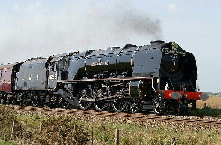 LMS Coronation class 8P 4-6-2 No 6233 'Duchess of Sutherland'