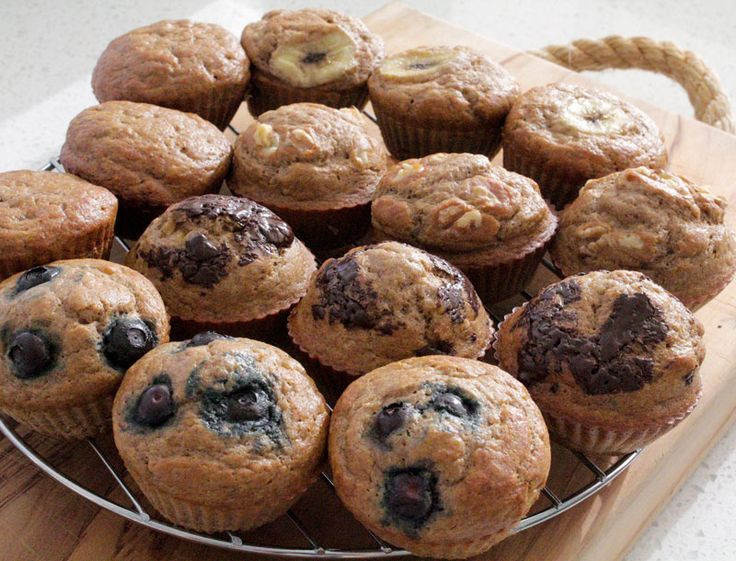 Banana Muffins w Variations   Save Print Prep time 10 mins Cook time 18 mins Total time 28 mins   Author: Wick Nixon Recipe type: Muffins, snacks, lunchboxes Serves: 12 muffins Ingredients ½ c milk 1 T lemon juice or 1 t apple cider vinegar 2 very ripe large bananas, mashed 2 eggs 1 t