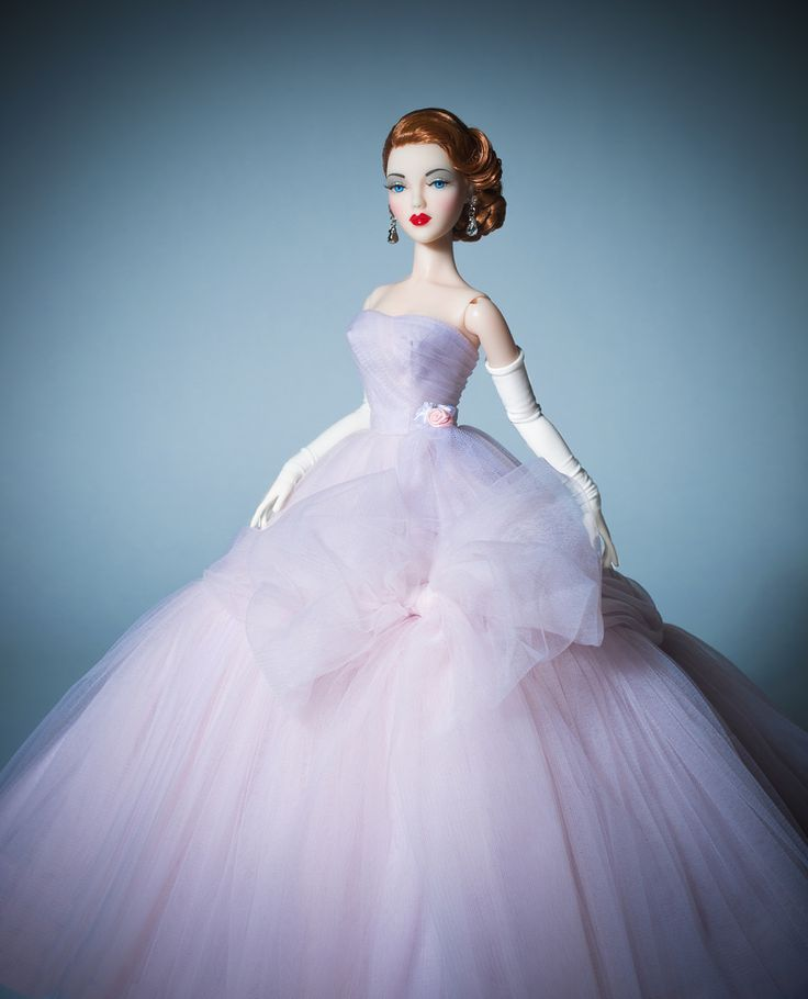The Studio Commissary: Dior for the road (theme photo) - Posted by Tom in CA [Email User] on August 23, 2017, 8:32 pm. D.A.E. recreated this 1955-56 Dior evening gown in pale lilac nylon tulle. Hair by Ilaria. Have a great time at SSP, everyone! - Tom in CA
